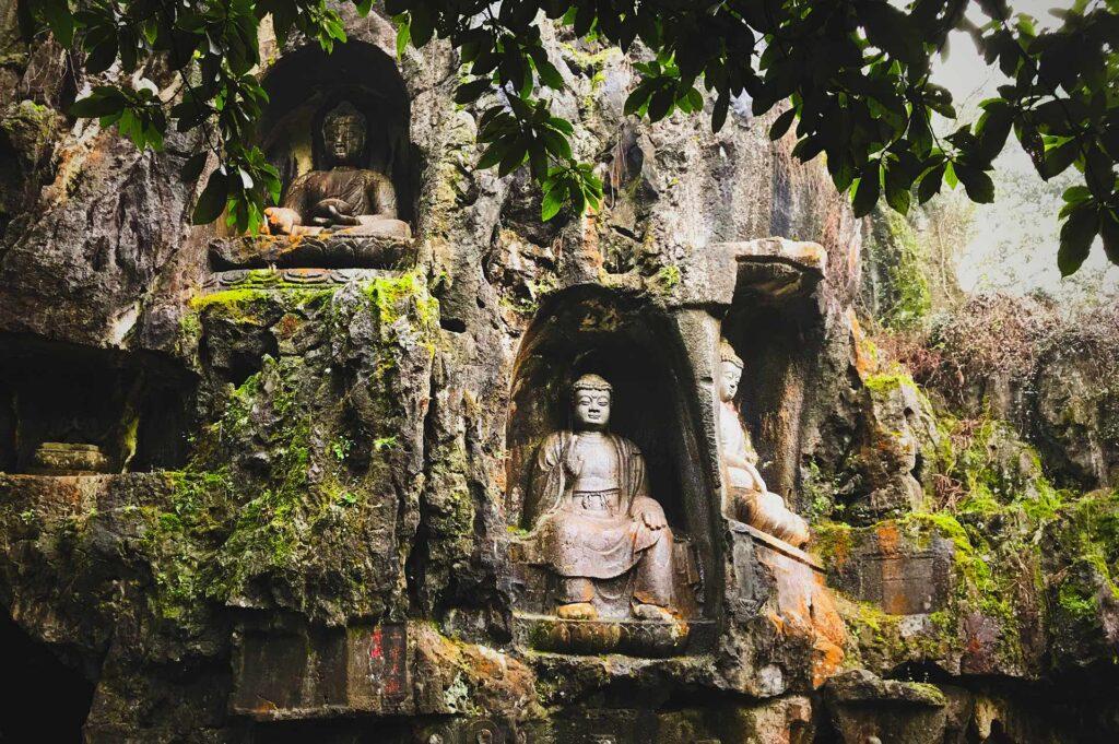 Sculpture Bouddhiste Pierre