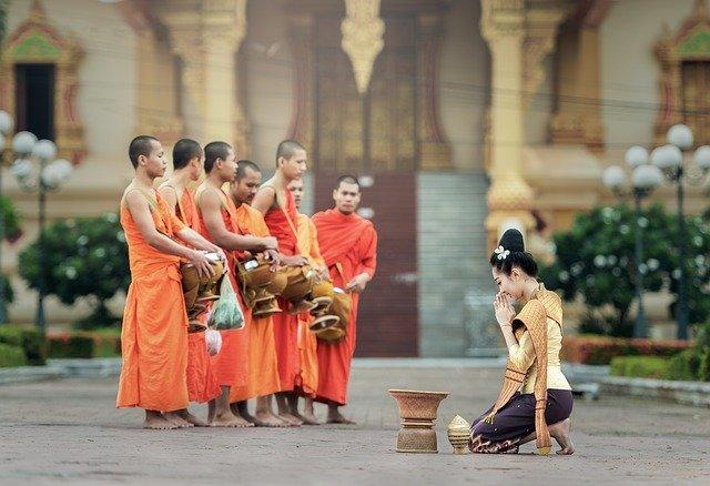Rituels Et Culte Bouddhique