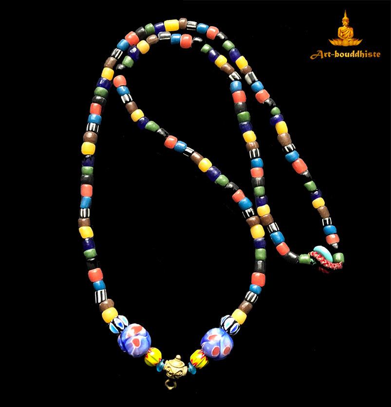 collier bouddhiste porte amulette 2