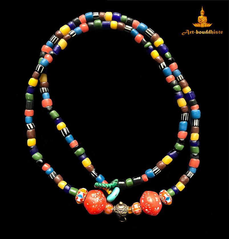 collier porte amulette bouddhiste